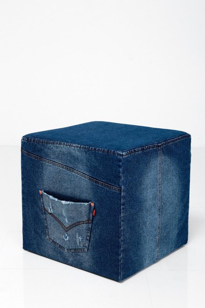 Кресло груша из старых джинсов своими руками 15