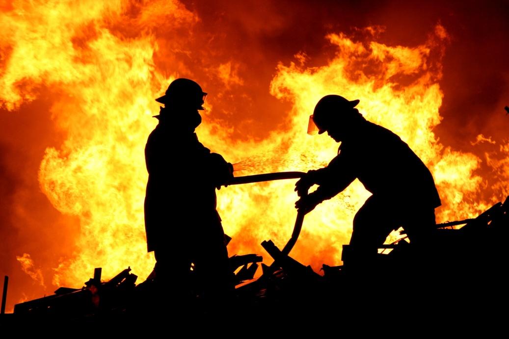 Pełnienie funkcji ławnika przez strażaka a prawo do uposażenia /fot. Fotolia