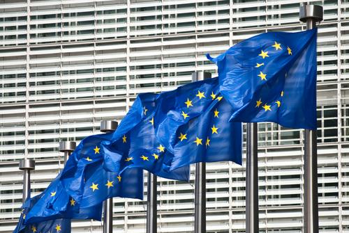 Pakiet VAT e-commerce stanowi implementację dyrektyw Unii Europejskiej, które Polska zobowiązana jest wdrożyć do 1 lipca 2021 r.